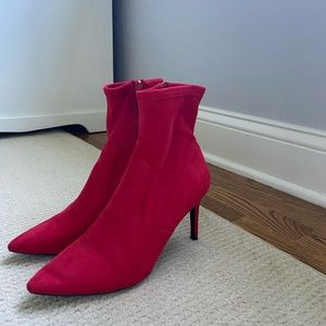 Brand new Steve madden red suede heeled booties.